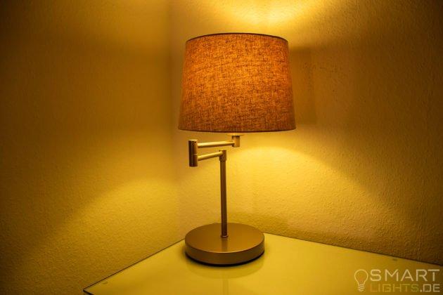 Innr Smart Candle Colour RB 250 C ZigBee Lampe leuchtet in Gelb