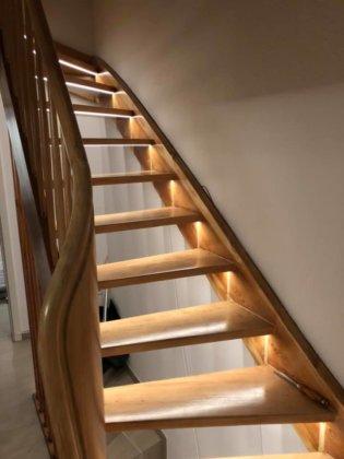 Leserprojekt Treppe mit Lightstrip in Szene gesetzt