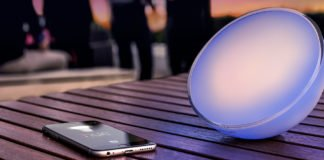 Philips-Hue-Go-Gartenparty