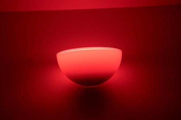 Philips Hue Go Stimmungslicht Rückansicht Rot