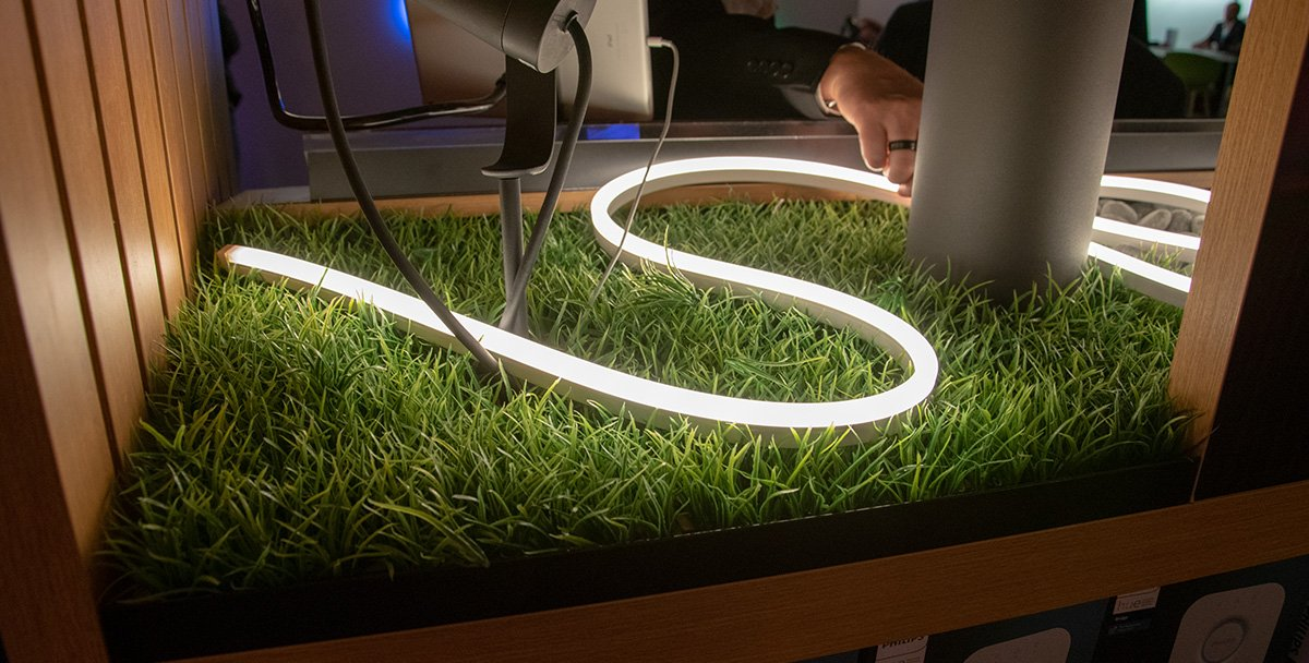 Philips Hue Outdoor Lightstrips im Garten