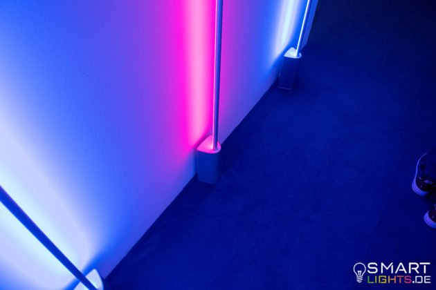 Philips Hue Signe Stehlampe Sockel